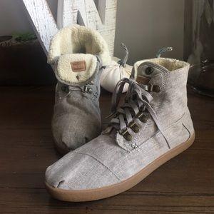 TOMS Fleece Botas Size 9.5